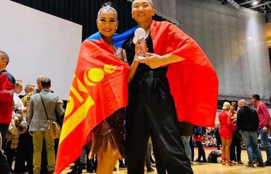 Б.ХАЛИУН:Монголчууд монгол бүжгээ дээдэлж, нэгдмэл гэдгээ чалленжээр илэрхийлж чадсан