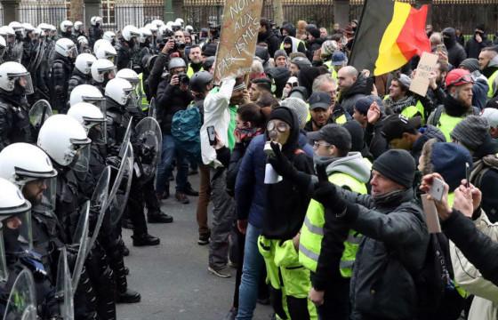 Бельгийн бослогод оролцсон 100 гаруй хүнийг баривчлав