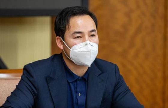 Ц.ГАНЗОРИГ: БНХАУ-д үйлдвэрлэсэн Синофарм компанийн вакцин өнөөдөр 22:00 цагт манай улсад ирнэ