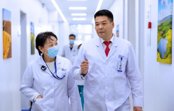 С.ЭНХБОЛД: Эмч, албан хаагчдын илүү цагийн нэмэгдэл цалинг шийдвэрлэсэн