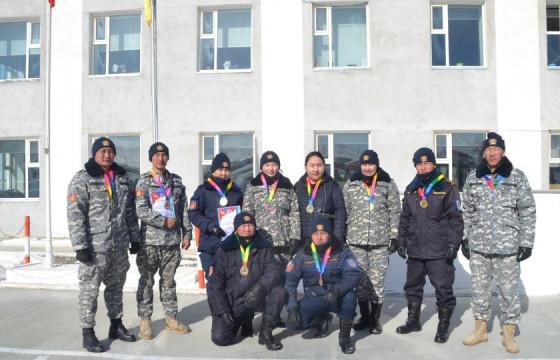 Говь-Алтай аймгийн алба хаагчид шилдгүүдээ шалгарууллаа