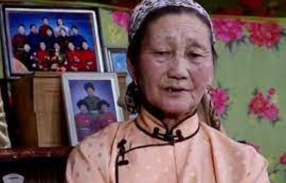 Т.Чимгээгийн ээж Ц.МАРУШ: Охинтойгоо хурдан л уулзах юм сан гэж хүлээж сууна