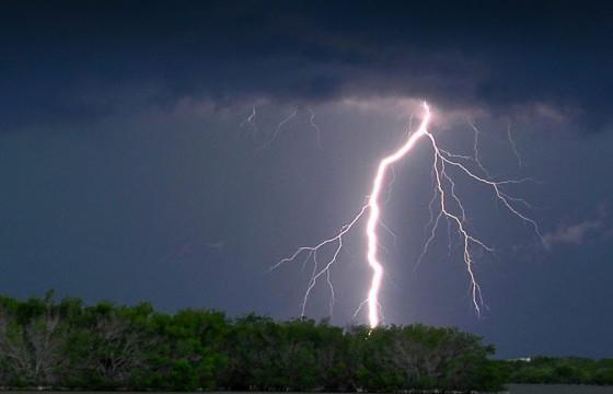 СЭРЭМЖЛҮҮЛЭГ: Маргааш Баянхонгор, Өмнөговь аймгийн нутгаар их хэмжээний бороо орно
