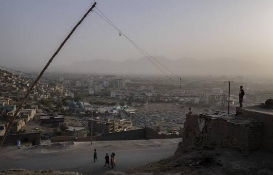 Афганистаны нийслэл Кабул руу олноор устгагч пуужин харважээ